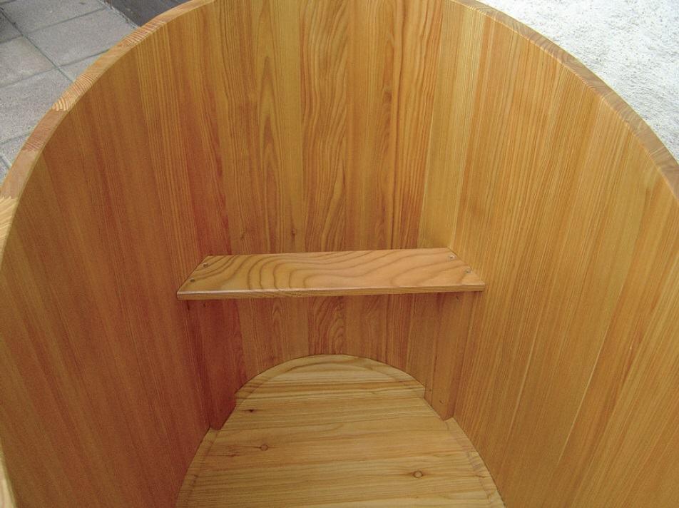 sauna tauchbecken l rche innen und au en beschichtet. Black Bedroom Furniture Sets. Home Design Ideas