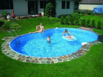Achtformbecken Family von Future Pool, Innenhülle 0,6 mm, Standardhandlauf