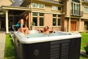 Hydropool Whirlpool, Modell H670 Self-Cleaning