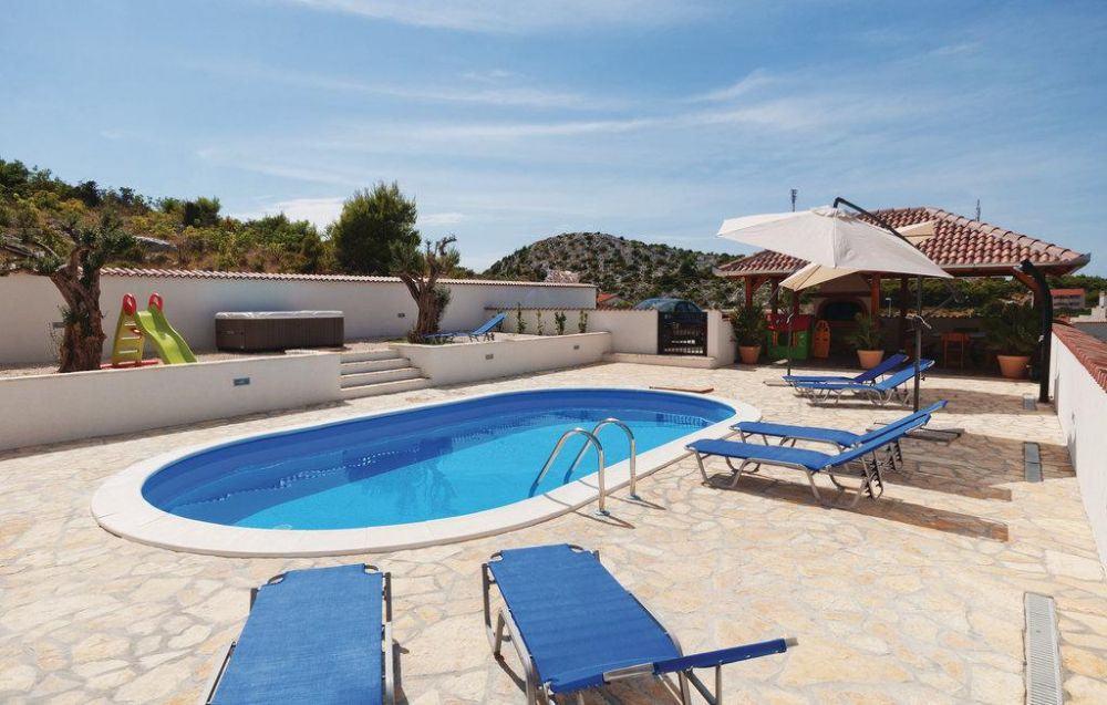 ovalschwimmbecken swim von future pool innenh lle 0 8 mm. Black Bedroom Furniture Sets. Home Design Ideas