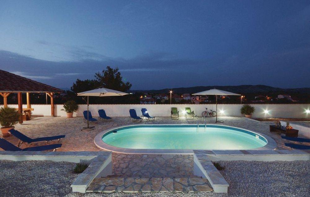 ovalschwimmbecken swim mit eloxiertem aluhandlauf folie blau. Black Bedroom Furniture Sets. Home Design Ideas